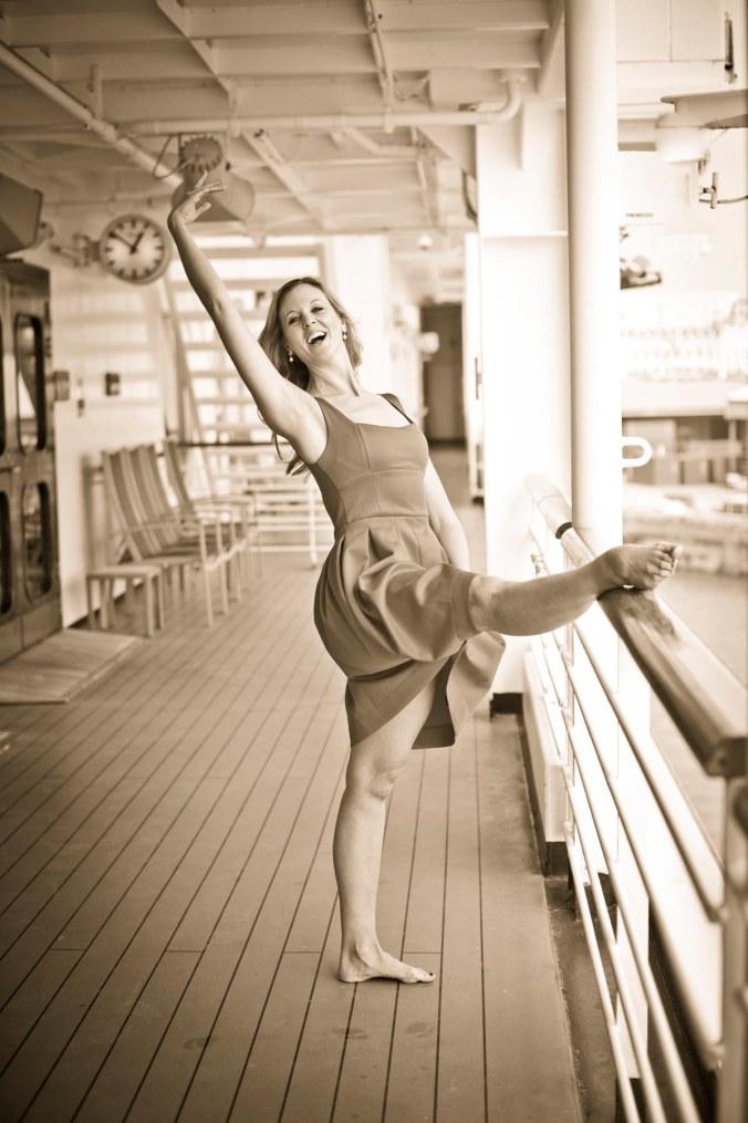 dancer portrait cruise ship Ventura