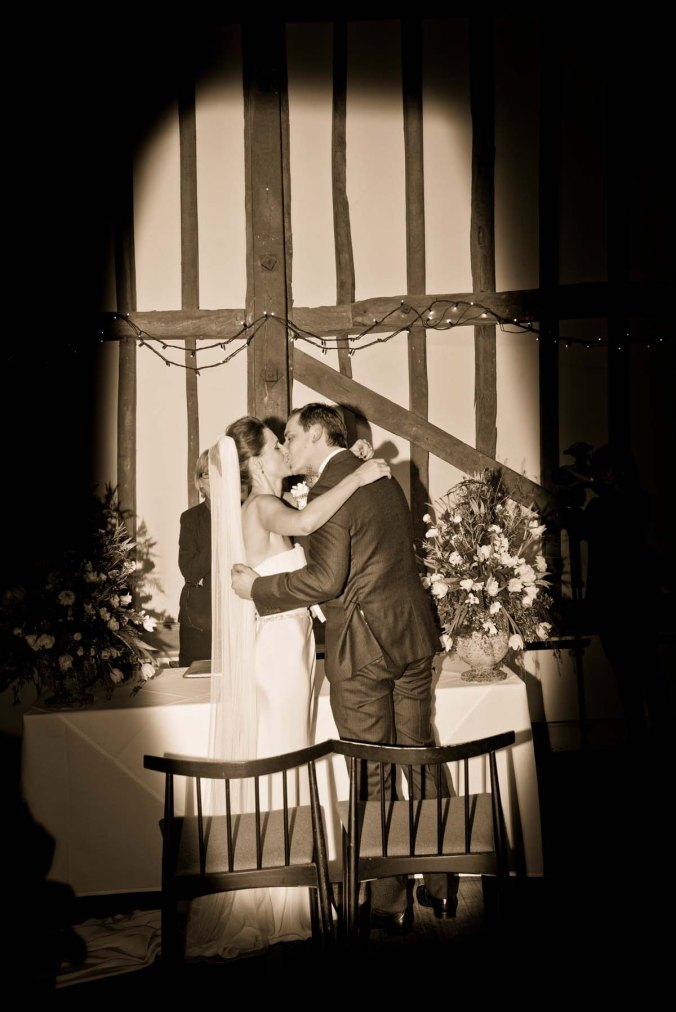 kiss; wedding; oldebellinn; hurley