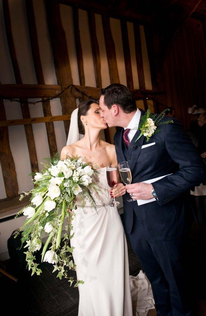 wedding; kiss; oldebell; hurley